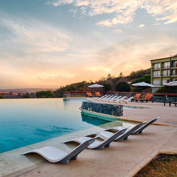 Tres Pircas Hotel